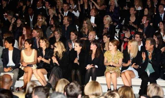 New-York-Fashion-Week-The-Front-Row-Burberry-and-alexa-chung-Gwyneth-Paltrow